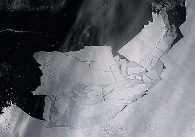 This image, taken on February 11 by the Copernicus Sentinel-2 mission, shows the Pine Island Glacier's newly calved icebergs